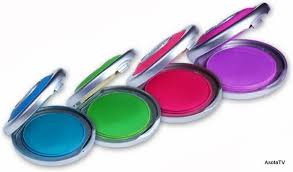 HOT HUES TEMPORARY HAIR COLOR- WASHES OFF WITH THE USE OF  SHAMPOO&CONDITIONER _ ITS SAFE TO USE- DOES NOT DAMAGE HAIR!