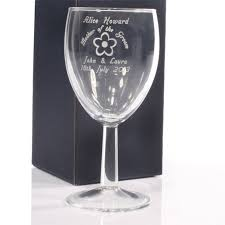mother of the groom personalised wine glass image