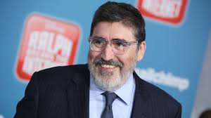 Molina tesisinde ne zaman kalmak istiyorsunuz? Alfred Molina To Make Directorial Debut On Lilian Deadline