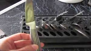 Как загружать посудомойку - YouTube