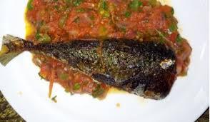 Видео ndizi roast maini 4 канала simu. Mapishi Jinsi Ya Kupika Ndizi Na Samaki Wa Kukaanga Taifa Leo