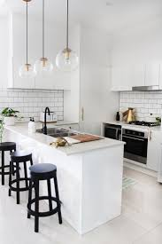 Decorating A White Kitchen 17 Best Ideas About White Kitchen Decor On Pinterest Kitchen