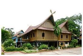 Pakaian adat tradisional ulee balang. Rumah Adat 34 Provinsi Di Indonesia Gambar Dan Penjelasannya