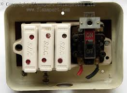 gec metal 3 way fusebox interior of gec metal fusebox
