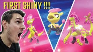FIRST ULTRA RARE SHINY!?! Shiny JANGMO-O and HAKAMO-O and KOMMO-O in Pokemon  Sword and Shield - YouTube