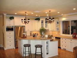 G Shaped Kitchen Layout Kitchen Island In The Middle Mix Refrigerator Light Wood Modern