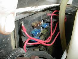 jeep cherokee electrical automotive auxilliary fuse box fuse these solenoids are nothing more than high current constant duty relays and can handle the total max load of this type fuse box 60amps for this fuse box