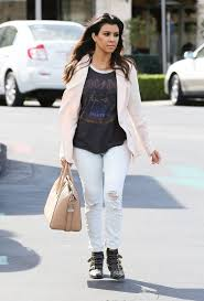 154 best Oh so chic Kourtney images on Pinterest