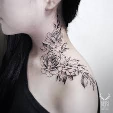 Rose Neck Tattoos Rata Tattoos Neck Tattoos Women Flower Neck