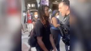 Video: A Florida police officer pushed a kneeling protester to the ground.  Then his black colleague stepped in - ABC7 Los Angeles