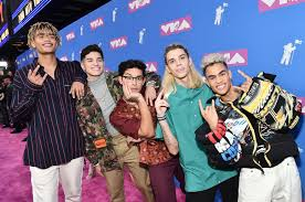 EXCLUSIVE: PRETTYMUCH Dish on What Simon Cowell is Actually Like ...