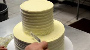 Simply And Easy Method To Decorate A Wedding Cake Stacking Wedding