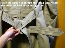 how to tie a burberry belt knot 12