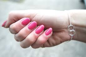 sensationail pink daisy manicure