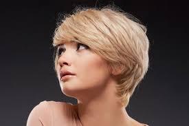 účesy Pro Husté Vlasy ženy
