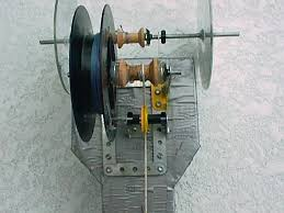 ultimate mouse trap car homepage closeup of gear mechanism