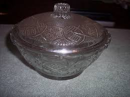 small clear pressed glass candy dish with lid kig malaysia 6 across 5 79