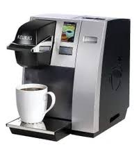 This flexible brewer can be plumbed directly to a water line or use the included 110 oz. The Best Coffee Maker With Water Line Options Reviewed Ggc Coffee