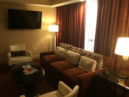 Luxor 2 Bedroom Suite Review Luxor Las Vegas Mgm Resort Miles From Blighty