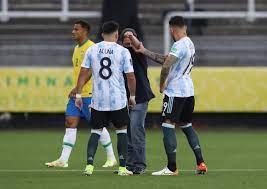 Brezilya-Arjantin maçında tarihi olay: Brezilya Sağlık Kurulu maçı basarak  dört oyuncuyu sahadan çıkarmak istedi   A3 Habe