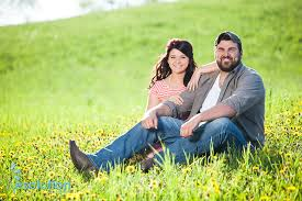 taylor and joe rustic country engagement pictures