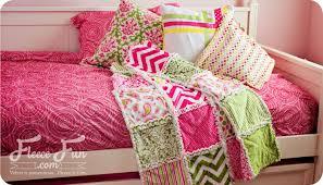 How to make a rag quilt (easy beginner's guide) ♥ Fleece Fun &  Adamdwight.com
