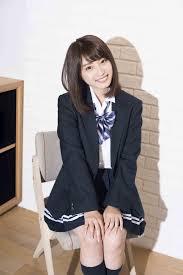 日本一かわいい女子高生りこぴんの素顔に迫る Part 2ファッション編