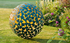 Small Picture Garden Design Magazine Spring 2016 Garden Design