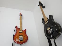 guitar wall mount hand