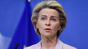 Born 8 october 1958) is a german politician and physician who has been president of the european commission since 1 december 2019. Obsession Du Controle Incapacite A Faire Confiance Von Der Leyen Dans Sa Tour D Ivoire L Express