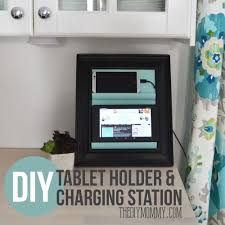 how to make a counter top tablet and phone holder and charging station out of a