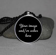 a bespoke personalized customized pendant keepsake pendant with your image keepsake ashes or small dried flowers