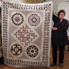 23 best Bella Bella Quilts images on Pinterest | Beautiful ... & Norah McMeeking's beautiful Bella Bella quilt, as shown in Rome, by Luana  Rubin, Adamdwight.com