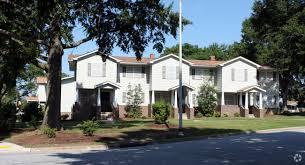 Building Photo   Hampton Homes