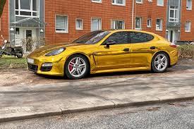 Goldener Porsche Warum Die Polizei Den Panamera Aus Dem Verkehr Zog