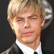 Picture Gallery Of Mens Hairstyles Medium Length