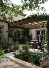 Inside The Obamasu0027 PostWhite House Home In KaloramaHome Backyard