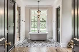 photos interior bathroom doors