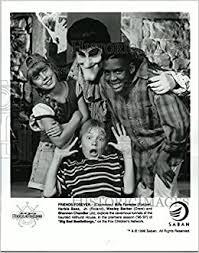 Amazon.com: 1996 prensa fotos Billy Forester y Wesley Barker en Big Bad  beetleborgs.: Books