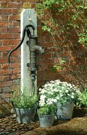 Shabby Chic Im Garten Gestalten Mit Originellen Möbeln Und