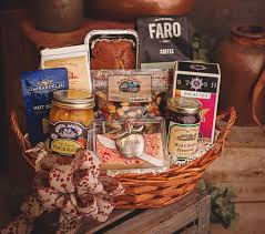 holiday basket 1