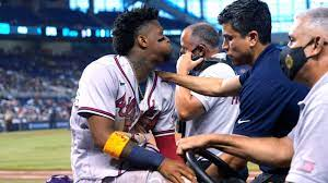 Braves' Acuna Jr. carted off in tears ...
