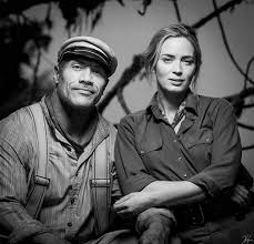 Dwayne Johnson and Emily Blunt in Jungle Cruise (2020) | Dwayne johnson,  Emily blunt, Actors