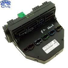 front left fuse box sam module mercedes w c euro front left fuse box sam module mercedes w204 c300 2010 10