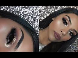 since new year s eve is right around the corner i decided to create this new years glam makeup tutorial if you decide to create this nye new year s eve