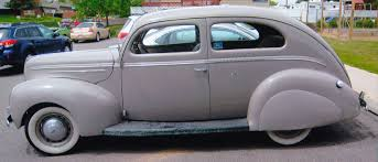1939 Ford Deluxe 2 Door Sedan_NEW-- AntiqueCarNut.com