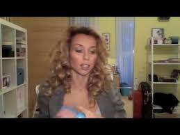 Как завить волосы на плоскую плойку - YouTube