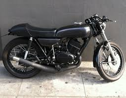 yamaha rd350 cafe racer by 86 motorcycles motorcycles caferacer