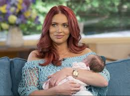 Amy Childs says she's 'crazy' to fall pregnant months after baby girl |  Metro News