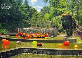 chihuly returns to the atl botanical garden